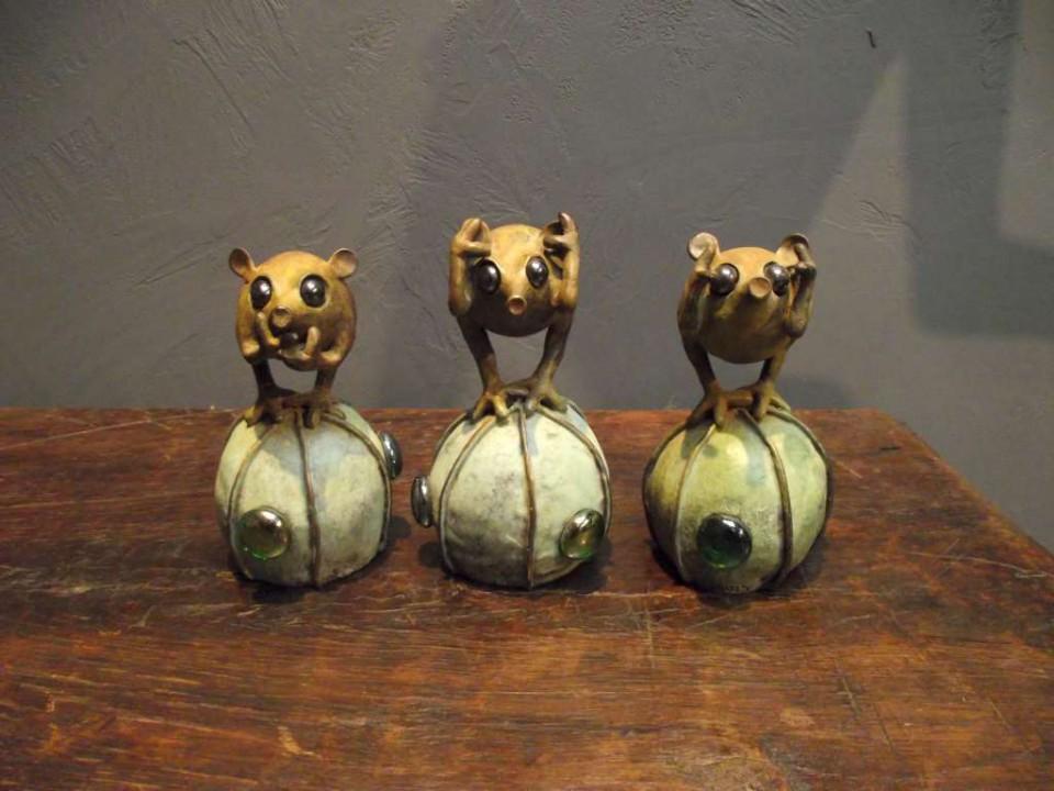 Mi-Ki-Iwa, beeldjes van Sara De Sutter