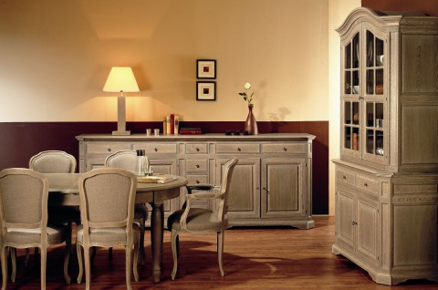 Massieve eetplaats + dressoir