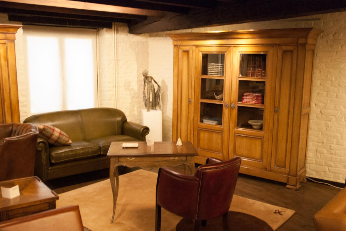 Engelse meubelcollectie - Kunst- en Meubelhuis Vandevoorde